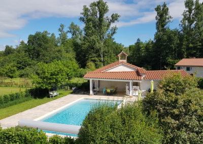 Chateau des Périchons espace piscine