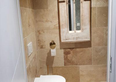 sSuite Pompadour  Toilettes indépendantes
