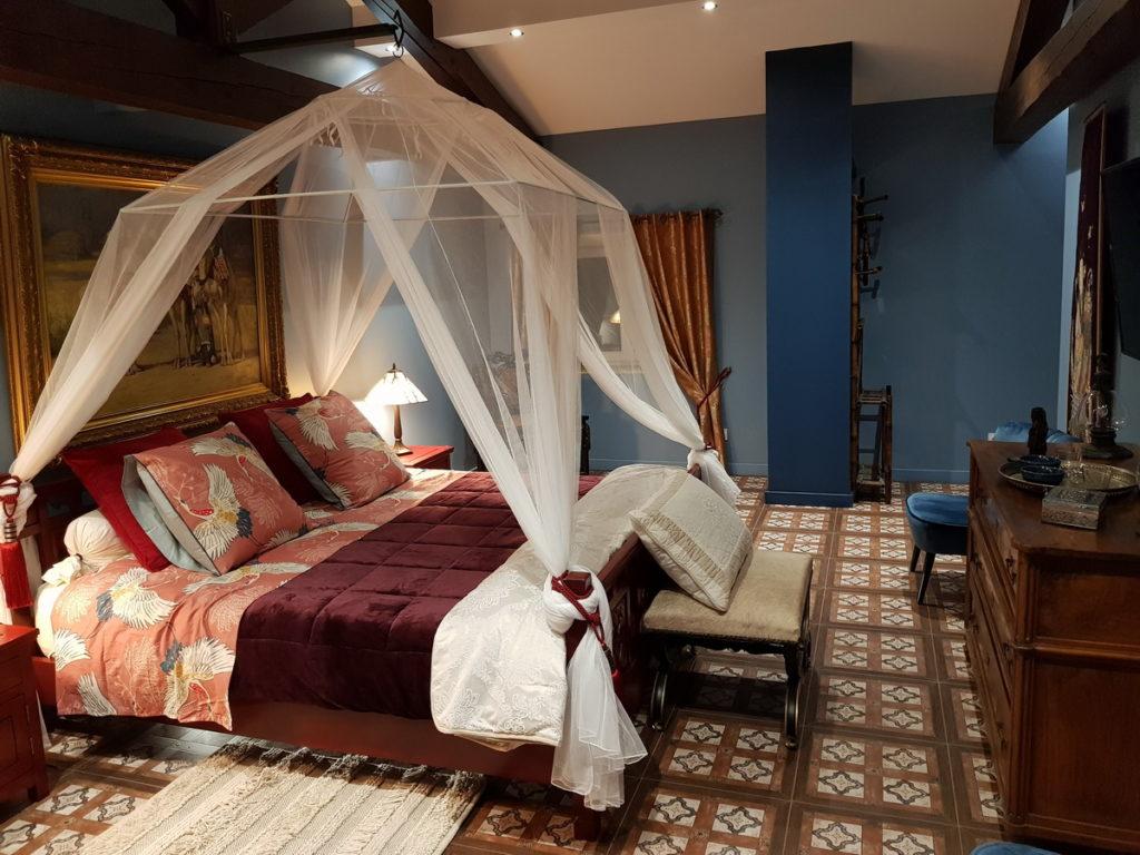 chambre marco polo chateau des périchons loire (42)